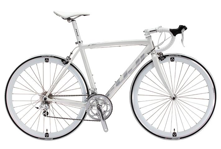 自転車の 自転車 ロードバイク タイヤ おすすめ : Fuji Bikes Roubaix